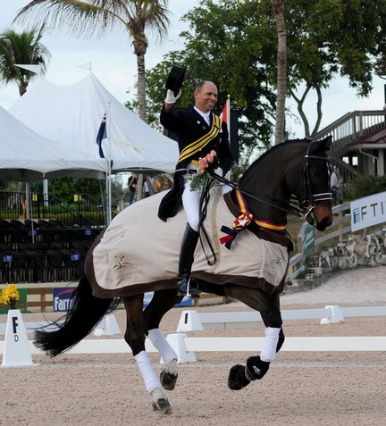 dressage-measters-thurs-gp-d700-no-1616-steffen-peters-victorious-with-ravel-300dpijpg-a73f29946f95cf3a_large